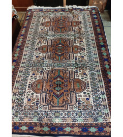 Woolen Hand Knotted carpet Size 4 ft. x6 ft.