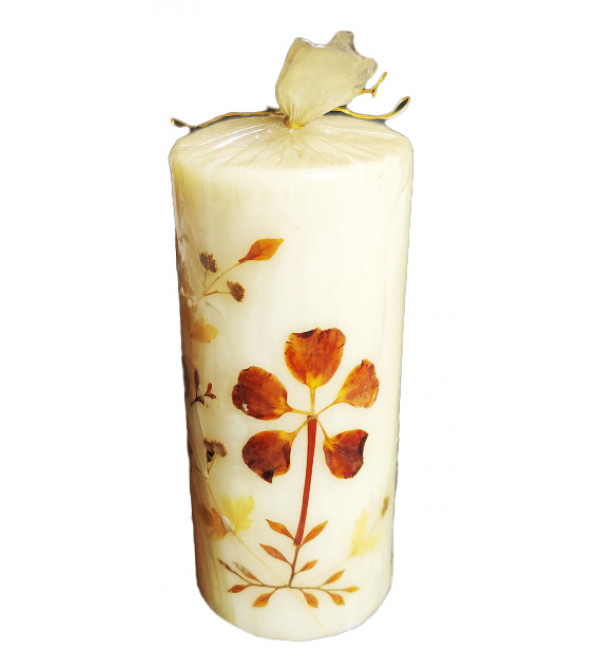 Handcrafted Candle With Cylinder Shape