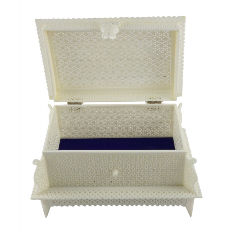 HANDICRAFT BOX CAMEL BONE JALI WORK 6X4 INCH