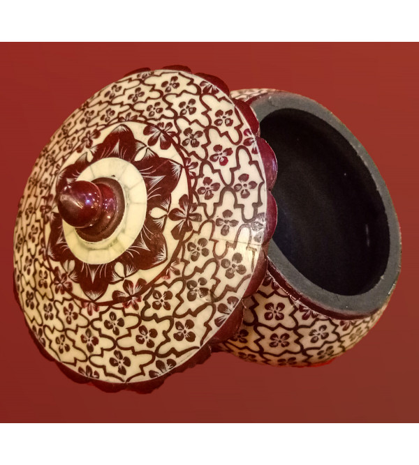 CAMEL BONE BOX WITH MINIATURE PAINTING Assorted