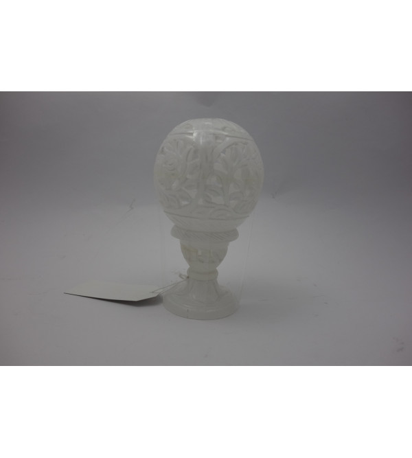 BALL WITH STAND 3 Inch