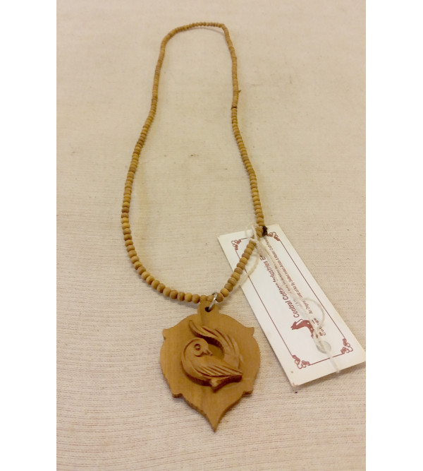 STRING  WITH PENDENT SANDALWOOD
