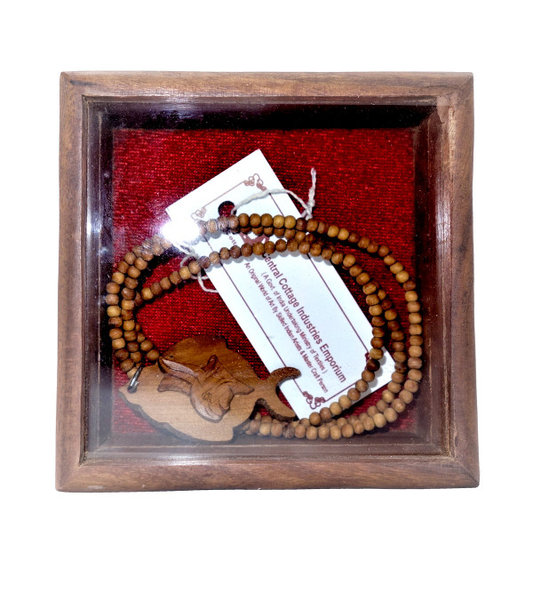 Japmala with pendent sandalwood