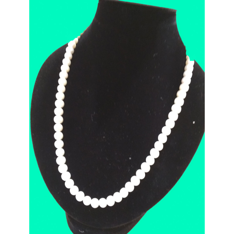 White Single Line Pearl Necklace