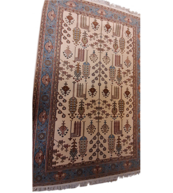 Bhadohi  Woolen Hand Knotted carpet Size 6 ft. x9 ft.