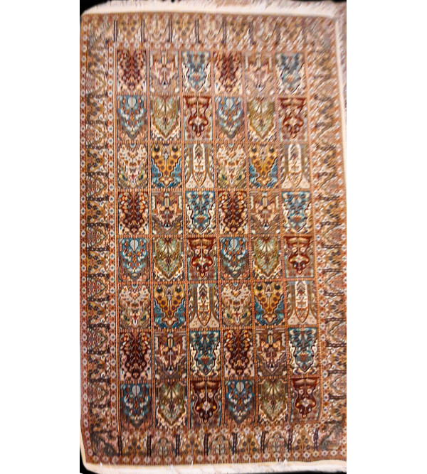 CARPET WOOLEN PERSION DESIGN 6X9FT 10X18
