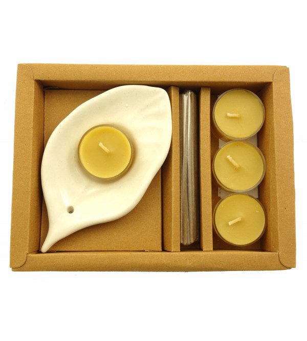 Handicraft Gift Set Tealight  Bamboo Less Stick Set of 4 Pcs Assorteed Fragrance