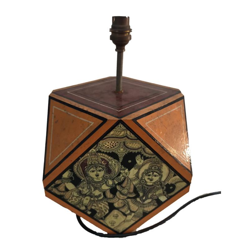 WOODEN PTD LAMP