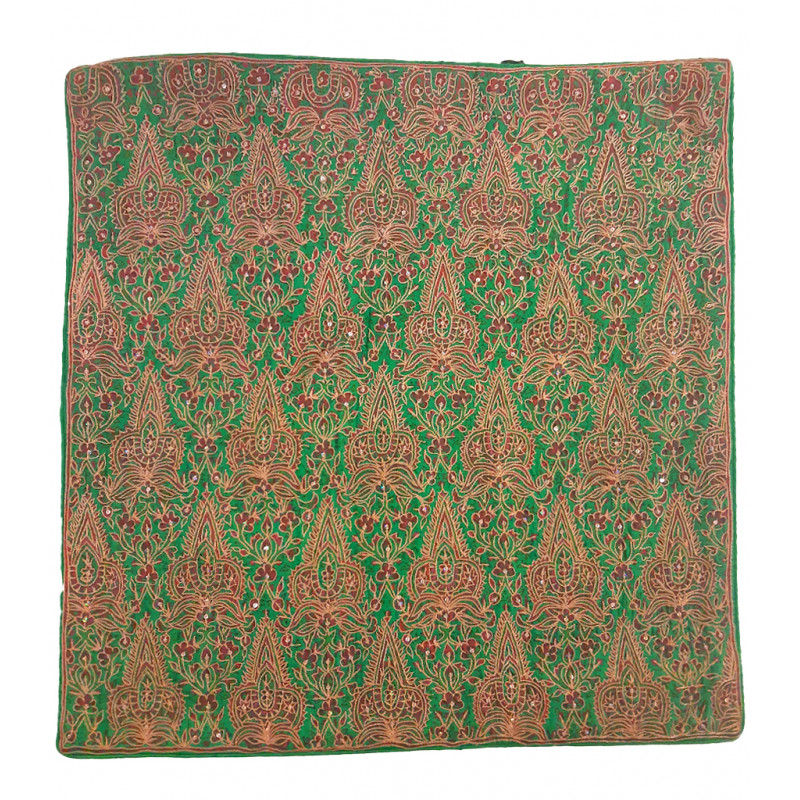 16x16 inch silk emb c/cover