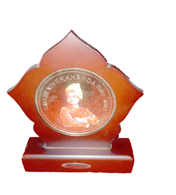 MOMENTO GOLD PLATED SWAMI VIVEKANAND JI 6X5 INCH WITH WDN. FRAME