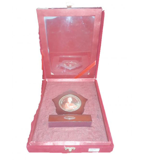 Handicrafts Brass Gold Plated Memento Swami Vivekananda 6x5 Inch