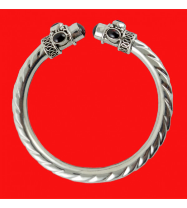 HANDICRAFT BANGLE 92.5% SILVER ONYX RED STONE