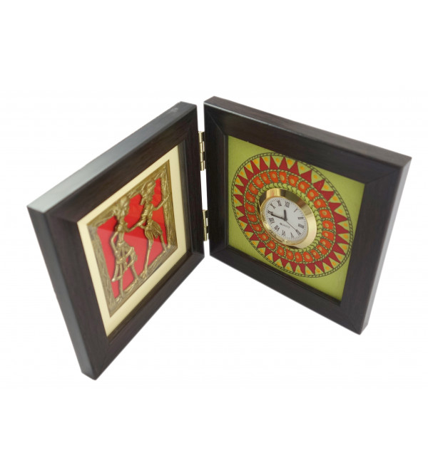 HANDICRAFT WOODEN PAINTED TABLE WATCH