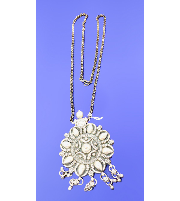 92.5 SILVER PENDENT SET CHAIN EMORSED