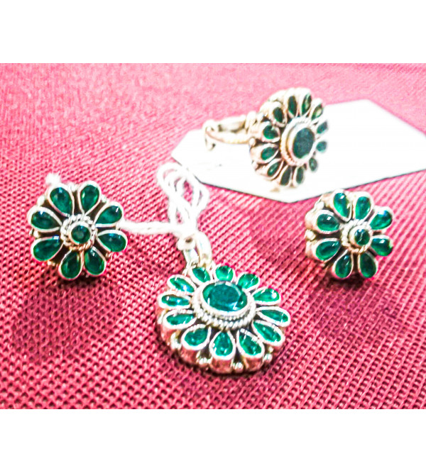 92.5 SILVER PENDENT EARRING JADE