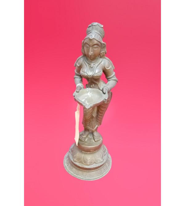 Pavaivillaku Handcrafted In Bronze