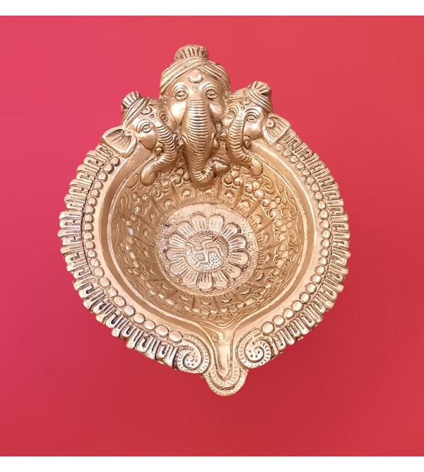 Deeva With Ganesha Handcrafted In Brass