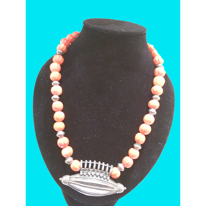 SILVER NECKLACE WITH RED CORAL KHARBUJA