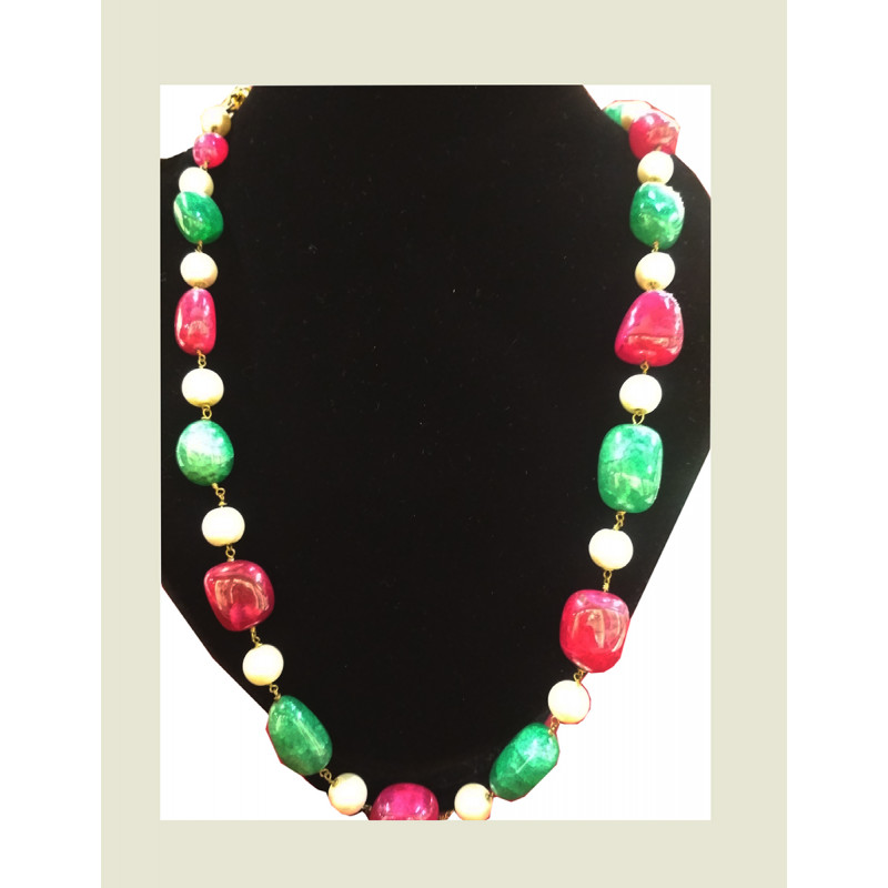 NECKLACE WITH WHITE PEARL  REDGREEN ONYX