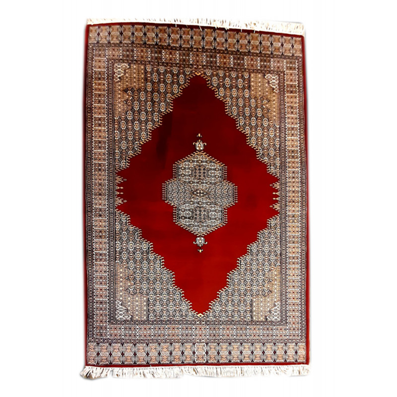 Woolen Hand Knotted carpet Size 5 ft x7 ft