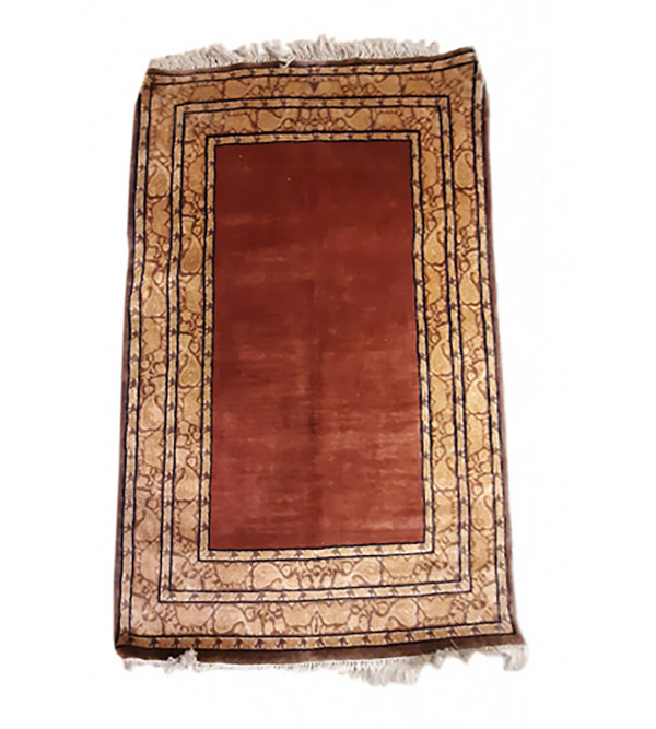 Bhadohi  Woolen Hand Knotted carpet Size 4 ft x6 ft