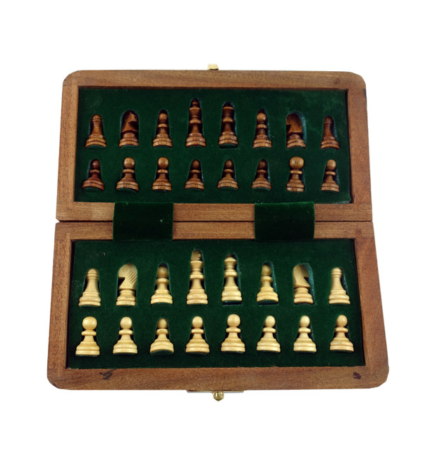 HANDICRAFT WOODEN TOYS MAGNET CHESS 7x7 INCH