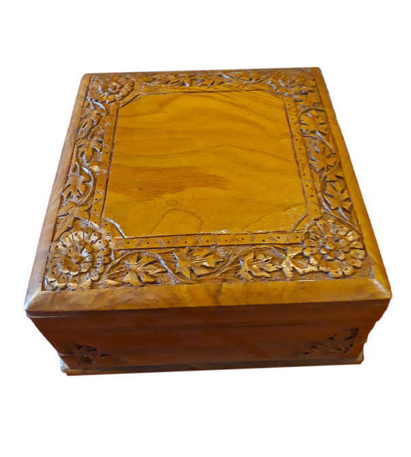 BOX WALNUT WOOD 7X7  INCH