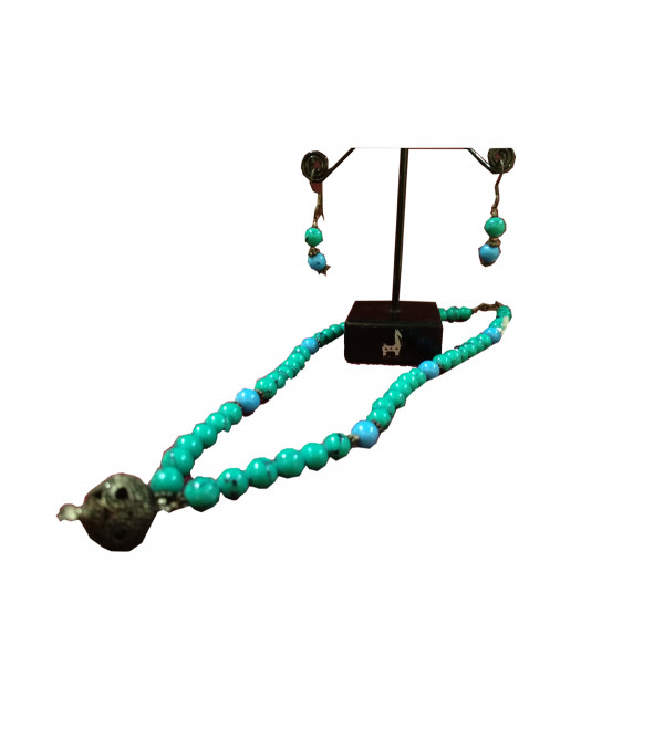 Turquoise Silver Necklace with Earrings