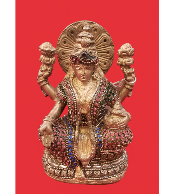 Kalash Laxmi Handcrafted In Brass Size 5 Inches