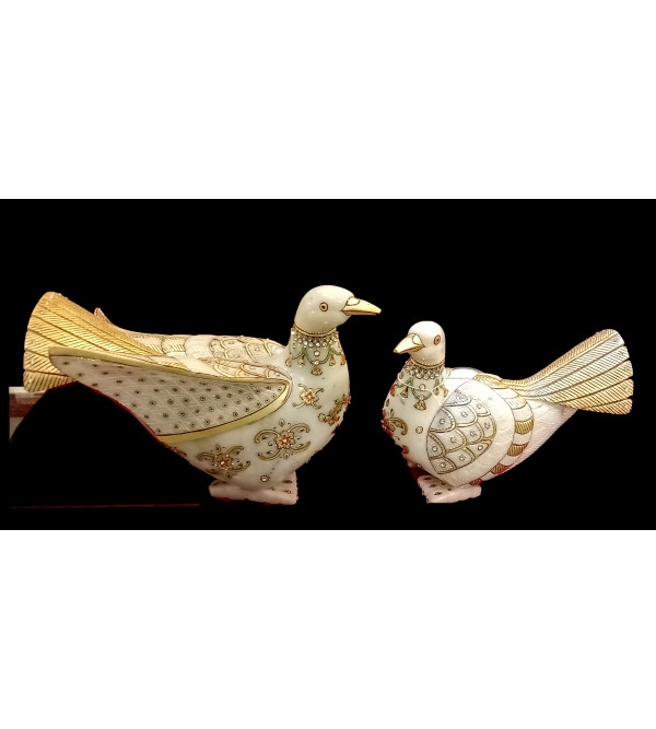 Marble items  Figures  pigeon set