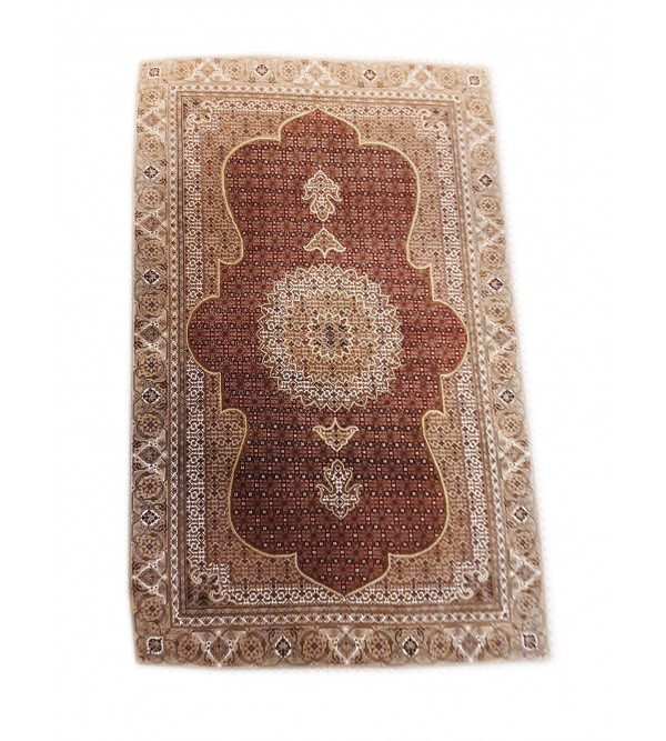 Bhadohi  Woolen Hand Knotted carpet Size 9.10 ft x6.6 ft