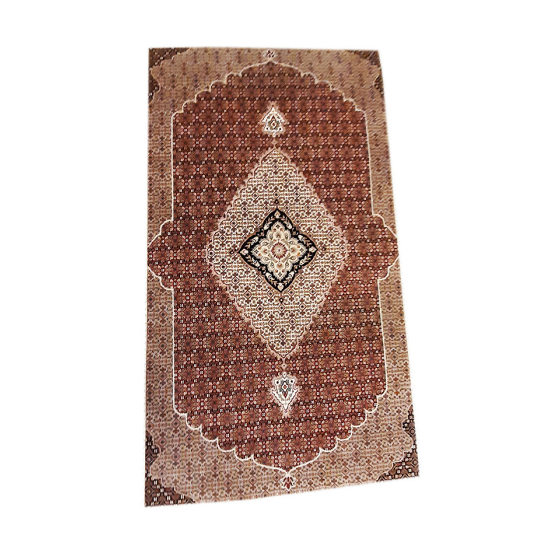 Bhadohi  Woolen Hand Knotted carpet Size 9.11 ft x6.7 ft