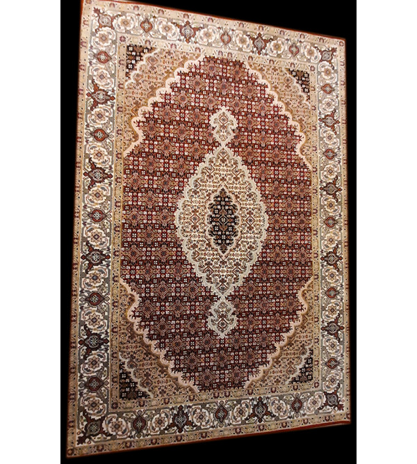 Bhadohi  Woolen Hand Knotted carpet Size 6 ft x4.1 ft