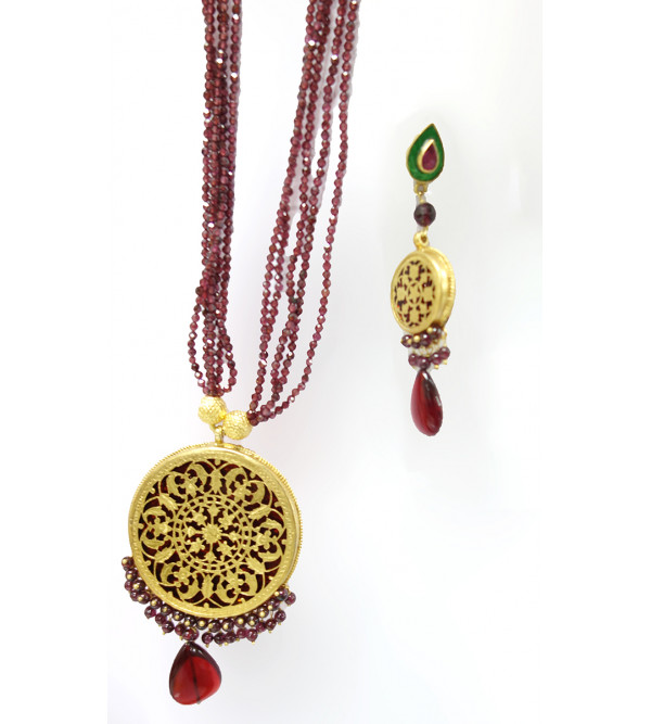 HANDICRAFT ASSORTED DESIGNS AND COLOR THEWA NECKLACE SET GOLD 2.5 SL 25 LB 3000