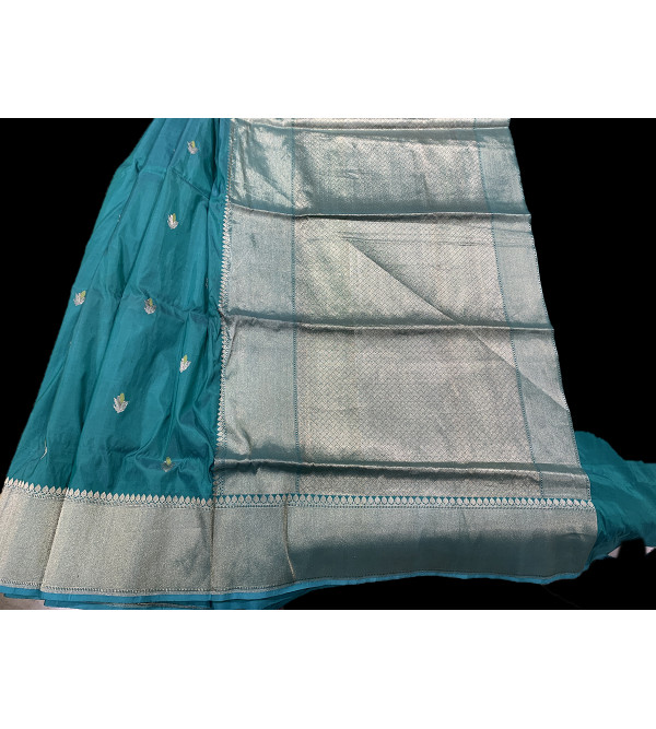 Banaras silk  HANDLOOM SAREE with Blouse