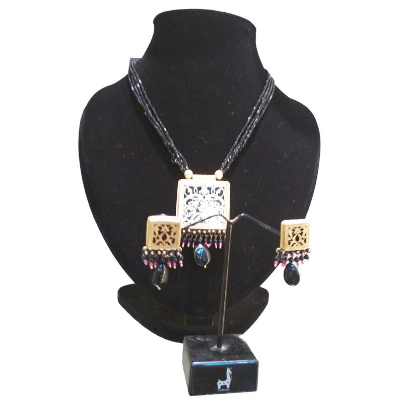 Thewa Jewelllery Designer Necklace Set
